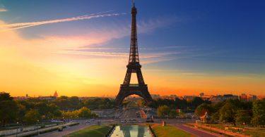 Paris, France XXXL